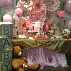 Baby Girl's Baby shower  - Pink
