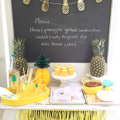 Pineapples on the Patio - Pineapple themed picnic