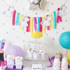 Party little Unicorns - unicorns