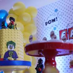 Eric´s Lego Super Hero Party - Legos