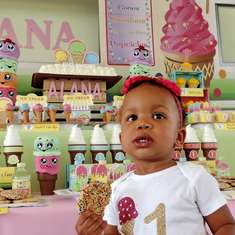 Alana's Ice Cream Parlor 1st birthday party - ICE CREAM PARLOR PARTY