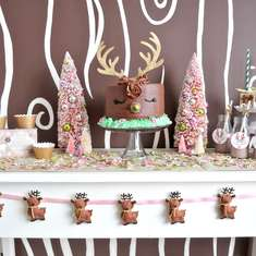 Girly Reindeer Party - Reindeer