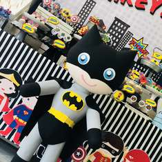 Mikey's Superheroes Party - Superheroes