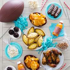 Adorable Super Bowl Party Ideas (Easy Decor and Recipe Ideas) - Super Bowl