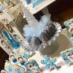 Magic Frozen birthday party - FROZEN MAGIC