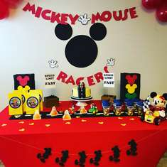 Mickey and the roadster racers - Mickey Mouse