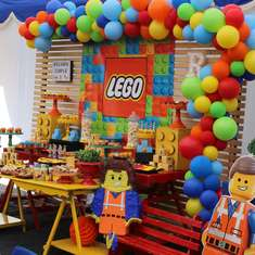 Lego Movie birthday party - Lego Movie