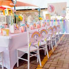 Minike's Rainbow Unicorn Party - Rainbows and Unicorns