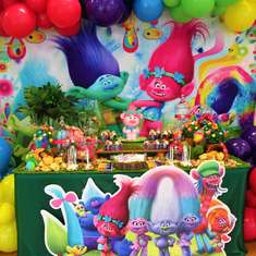 Isabella's Trolls 5th Birthday Party - Trolls