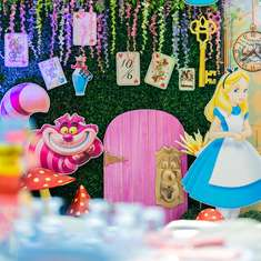 Natalia's Alice in Wonderland Party - Alice in Wonderland