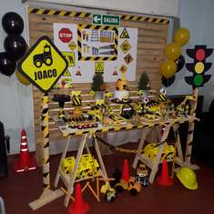 Joaquín The Builder birthday party - Construccion