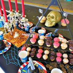 Shipwrecks & Swashbucklers Party - Pirates