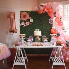 Emma's Rose gold and Pink 1st birthday party  - Pink and Rose gold