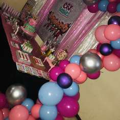 Ampi's Cry Baby Birthday Party - Bebe lloron