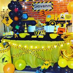 Construction Theme Birthday Party - Construction builder