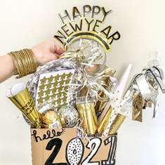 New Year's Glitz & Glam - New Year's Eve