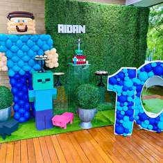 Minecraft 10th Birthday Party - Minecraft