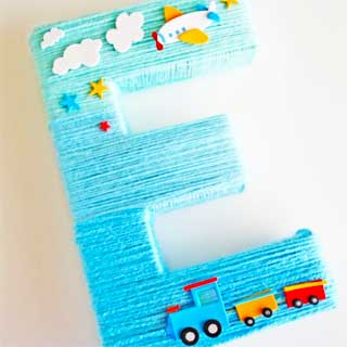Blue-yarn-wrapped-ombre-letter-diy