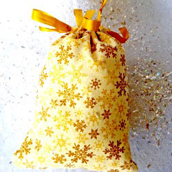 Fabric-gift-bag-diy