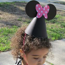 Minnie-mouse-party-hats