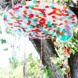 Rainbow-suncatcher-chandelier-diy