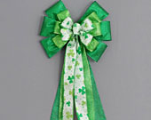 Green-sparkle-shamrock-st-patricks-day-bow-170