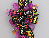 Whimsical-halloween-wreath-funky-bow-170