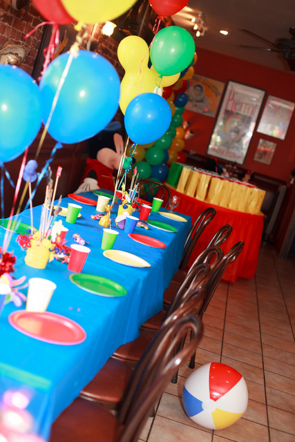 Mickey Mouse Clubhouse / Birthday / Decorations: Table decor
