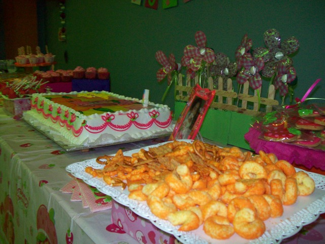 Strawberry Shortcake / Birthday / Party Photo:
