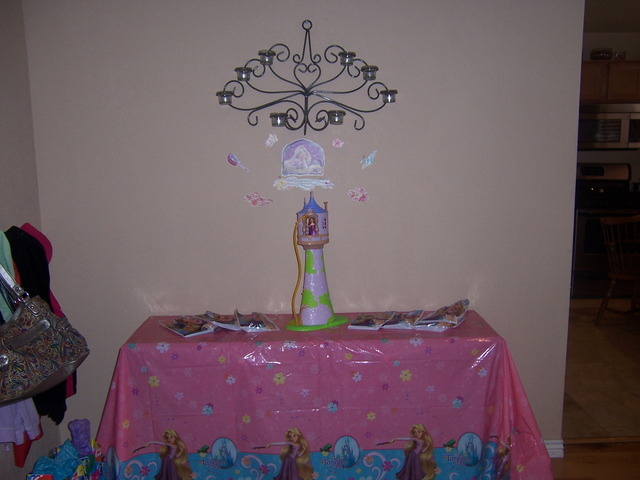 Rapunzel/Tangled / Birthday / Party Photo: