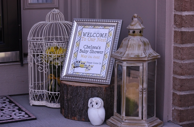 Owl theme yellow and gray baby shower party ideas for Baby shower front door decoration ideas