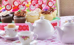 Alice in Wonderland Birthday party - Alice in Wonderland