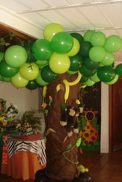 Jungle animals birthday party ideas photo 26 of 32 for Animal party decoration ideas