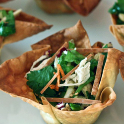 Chinese-chicken-salad-in-wonton-cups