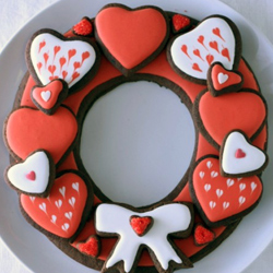 Chocolate-heart-cookie-wreath