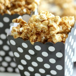 Microwave-salted-caramel-corn-recipe