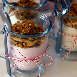 Nutty-crunchy-not-too-sweet-granola