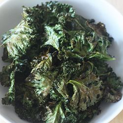 Recipe-spicy-garlic-kale-chips