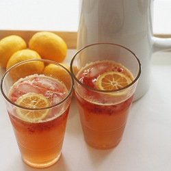 Recipe-strawberry-ginger-lemonade-fun-summer-shopping-ideas