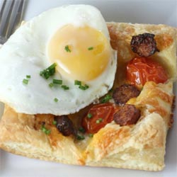 Sausage-and-egg-breakfast-pastry-recipe